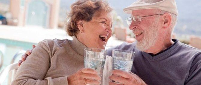 O Verão e a desidratação em idosos, confira recomendações