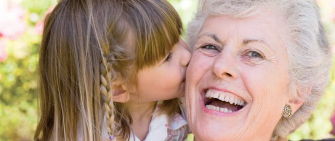 Infância e velhice têm coisas bem parecidas?