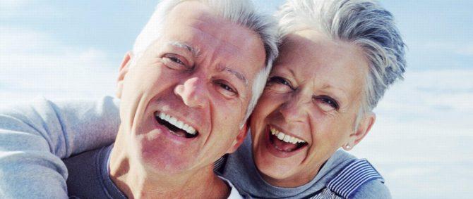 Você sorri? Saiba a importância desse gesto nas relações sociais e na saúde física