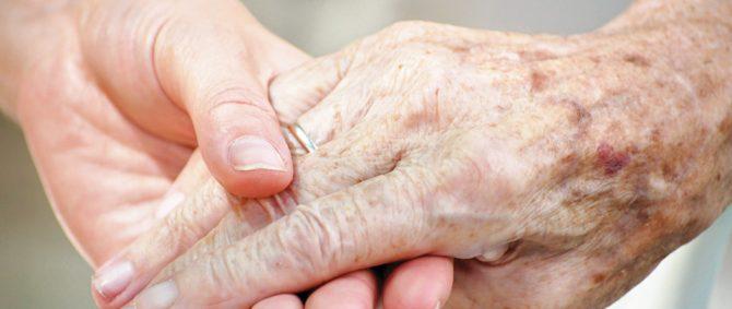 Feridas na pele dos idosos: Quais são os motivos?