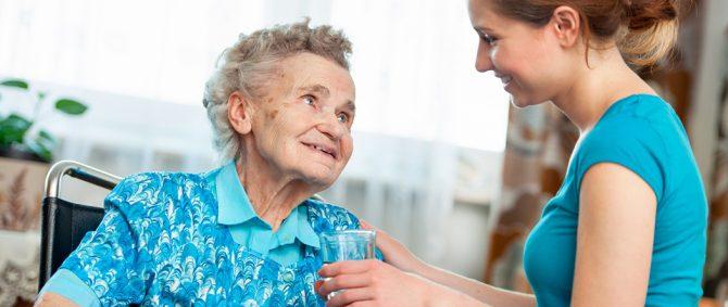 Como escolher um cuidador de idosos